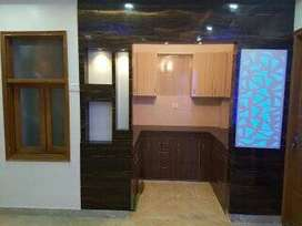3 BHK FLAT WITH CAR PARKING WITH LIFT