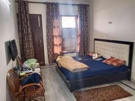 1 room set furnish ground floor in sec 9