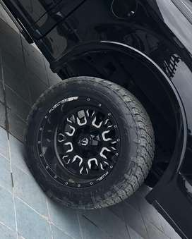 Alloy rims 20 inch extra wide