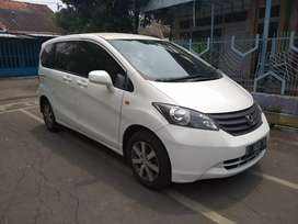Honda Freed SD at 2011 Putih