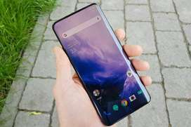 Big sales of ONE PLUS refurbished mobile are available