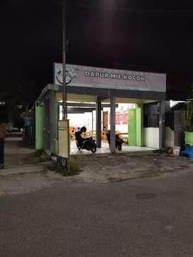 Dikontrakan ruko Daerah Kampus STKIP PGRI