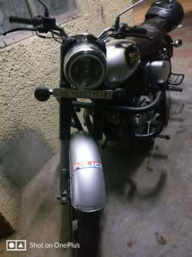 Royal Enfield classic 350, fully modified accessories with 35000
