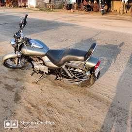 Bajaj Avenger 220 cc very less used bike