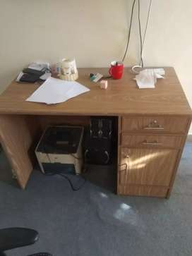 Office table and exective chair used in home