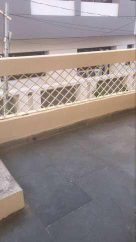 2BHK, 1 MASTER  BED, 3 BALCONY, INDEPENDE, PRIME LOCATION
