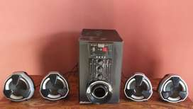 Home theater with four speaker with FM radio