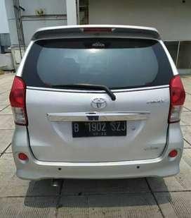 Toyota avanza veloz at 2012 bergaransi
