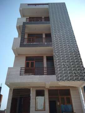 2 bhk flat in ready to move in DLF Ankur Vihar