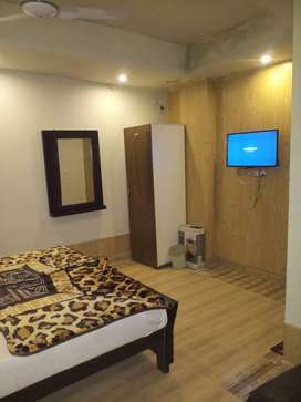 1500 per day single room executive Double bed 2500 per day  johar town