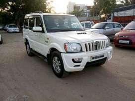 Mahindra Scorpio VLX 4WD Airbag AT BS-IV, 2014, Diesel