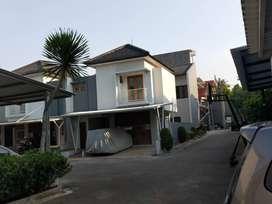 Rumah Minimalis 5 Menit Ke MRT Dekat Fasilitas Strategis