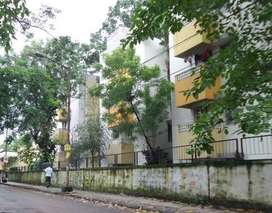 2bhk flat is available for rent at em bypass