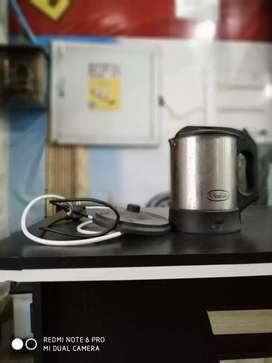 Electric kettle for 700 only
