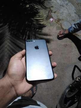 Iphone 7 plus 128gb Matte black. Box lost.