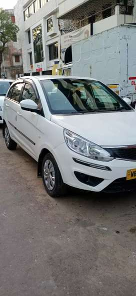 Tata bolt 2017model,Mint condition,All papers up-to-date,Fitness done.