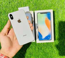 iPhone X - 64 GB - Silver color -  100% condition - full kit