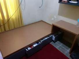 Tempat tidur 1x2m minimalis modern