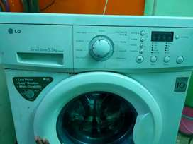 LG front load Washing Machine White -Inverter Direct Drive tech 5.5kg.