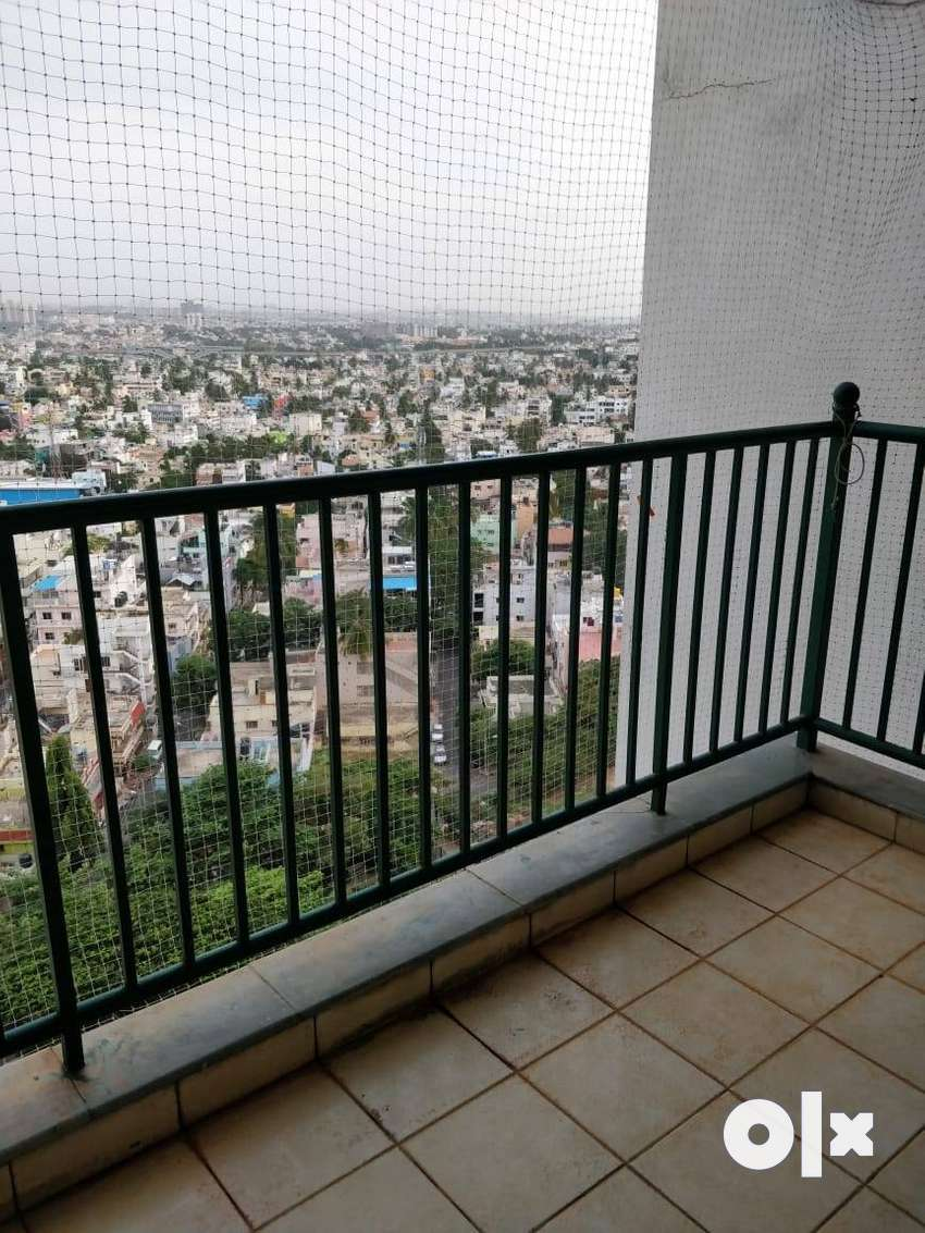 1640sft 3bhk flat for lease@58L in brigade gateway