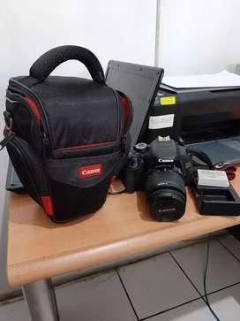 Jual Butuh canon EOS 600D