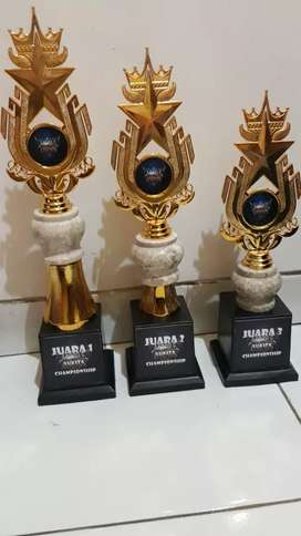 Piala murah surabaya