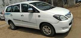 Toyota Innova 2.5 G (Diesel) 7 Seater BS IV, 2010, Diesel