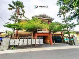 Rumah Plus R.Usaha JL Magelang Tepi Aspal Lebar Dekat UGM, Hyatt.