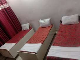 Best boys paying guest pg in noida with ac rooms