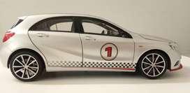 Diecast Scale model - NOREV 1:18 Mercedes-Benz A Class Sport Equipment