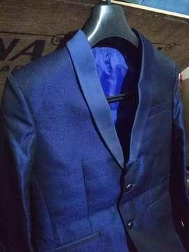 Blue blazzer