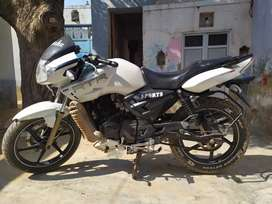 A 1 CONDITION ONE HANDED APACHI RTR 180CC