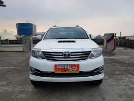 Toyota Fortuner VNT AT Diesel 2012 # pajero innova crv captiva