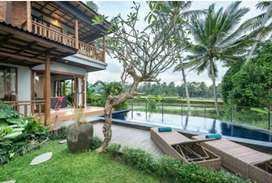 For monthly rent villa at Ubud 3 bedrooms all bill includes