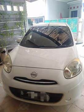 Cpt dpt: Nissan March XS Putih At 2011: Bkn hrg Credit!