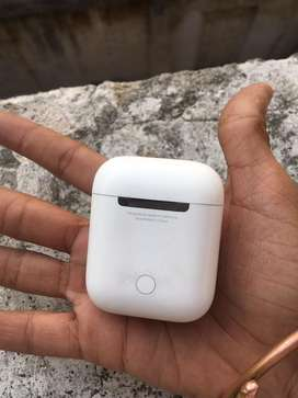 Apple airpods series 1