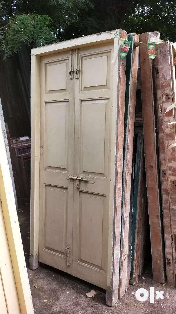 Old wood doors in windows wholesale retail 0