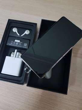 Samsung S10 Plus in Brand New condition with Box & All Accessories 1 y