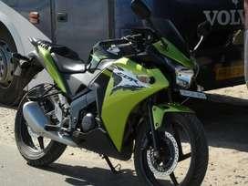 Honda CBR 150 cc 15500 Kms 2016 year