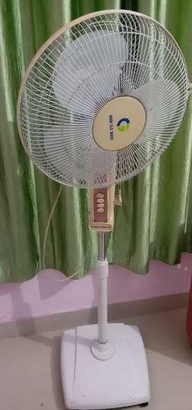 Crompton stand Fan ( High Flo Wave)
