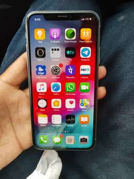 iPhone.   x.   64   GB.   silver   colour