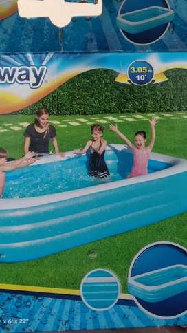 Portable swimming pool for adults and kids