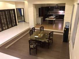 Independent luxurious banglow at prime location of gulshan e iqbal