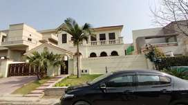 Triple Story House For Rent Available Mian Road Location Reasonable R