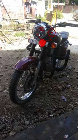 Royal Enfield Classic 350 IN SHOWROOM CONDITION