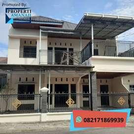 Rumah Besar 2 Lantai Dekat RS Ibnu Sina Gungung Pangilun Padang