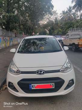 Hyundai grand i10 well maintained Car low km