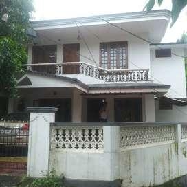 thrissur koorkenchery 5,500 cent 3 bhk villa
