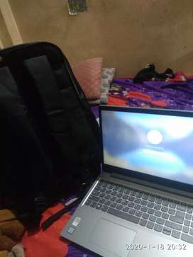 Urgent selling money problems ... Free with wireless mouse n keyboard