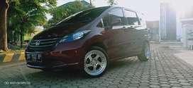 Honda Freed 1.5 PSD 2009